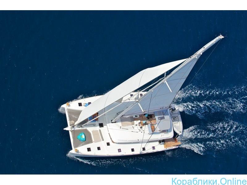 Парусная яхта-катамаран VIP класса - 1/8