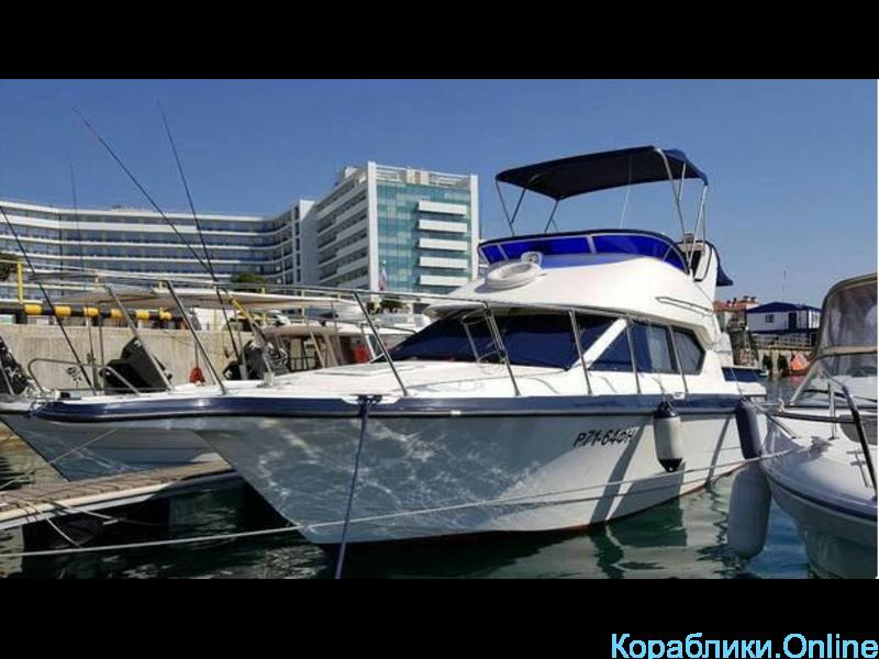 Прокат яхты в Сочи - Bayliner 288 Discovery «ЛИДИЯ» - 4/8