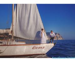 Прогулки и обучение на парусной яхте