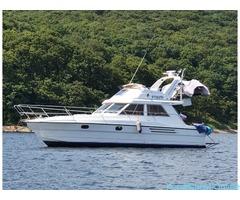 Моторная яхта «Катрин» 36 ФУТОВ в аренду с капитаном