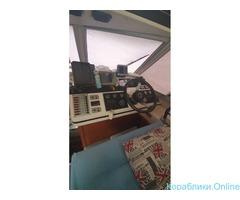 Моторная яхта «Катрин» 36 ФУТОВ в аренду с капитаном - Изображение 6/8