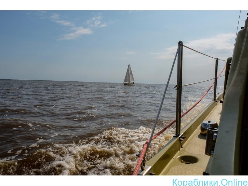 Аренда парусно-моторной яхты для отдыха или фотосессий - 2/2