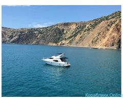Морские прогулки на комфортабельной моторной яхте