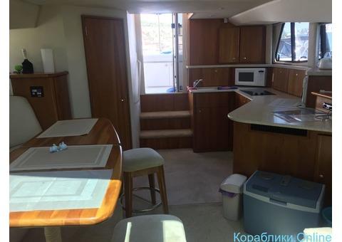 Комфортабельная моторная яхта Silverton 330