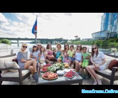 Чартер/ Аренда яхты Отрада в Москве - Изображение 4/8